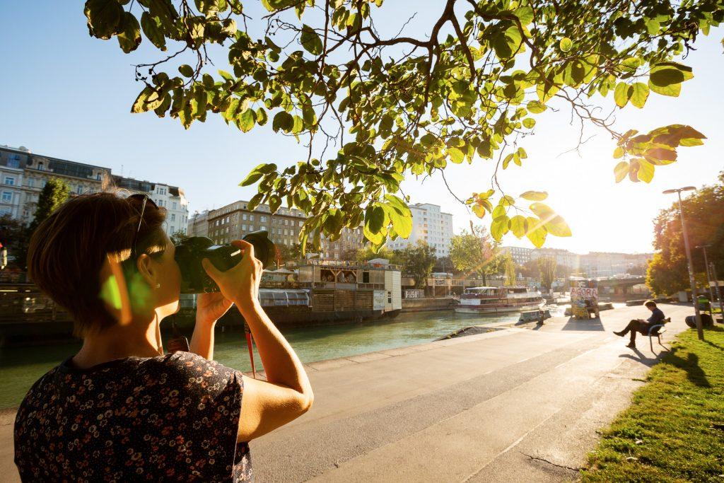 Mit zwei Profi Fotografinnen an deiner Seite lernst du, deinen Blick zu schärfen.