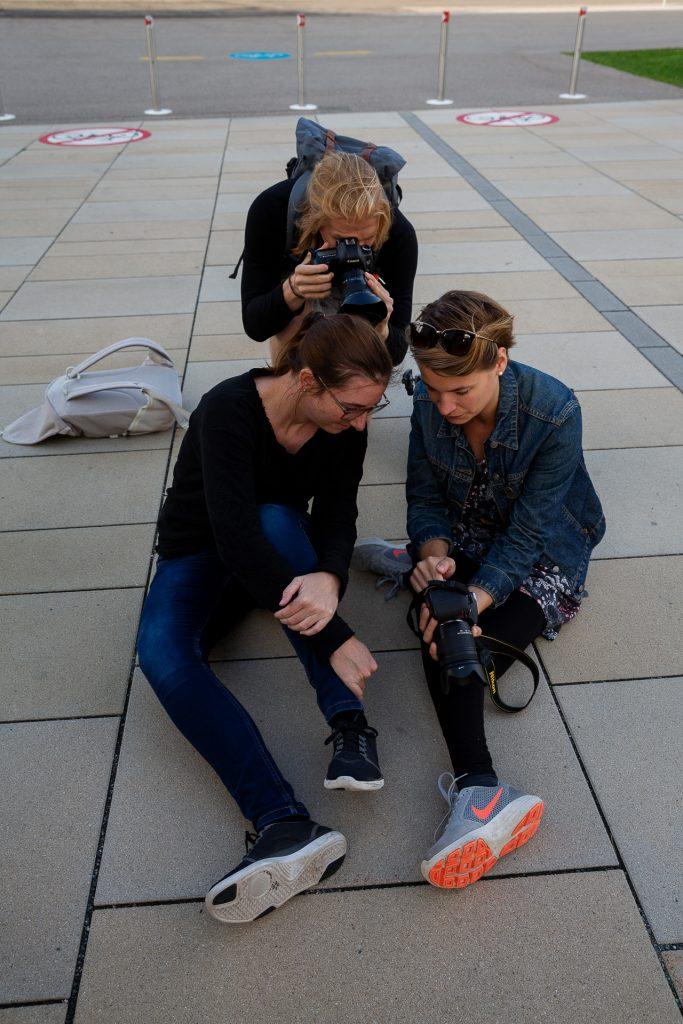 Gemeinsam zu besseren Fotos. Zwei Profifotografinnen stehen dir zur Seite.