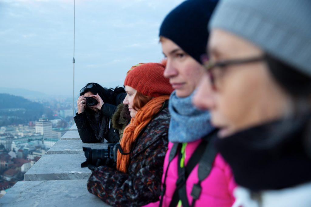 Gemeinsam genießen wir den Sonnenuntergang auf der Burg von Ljubljana.
