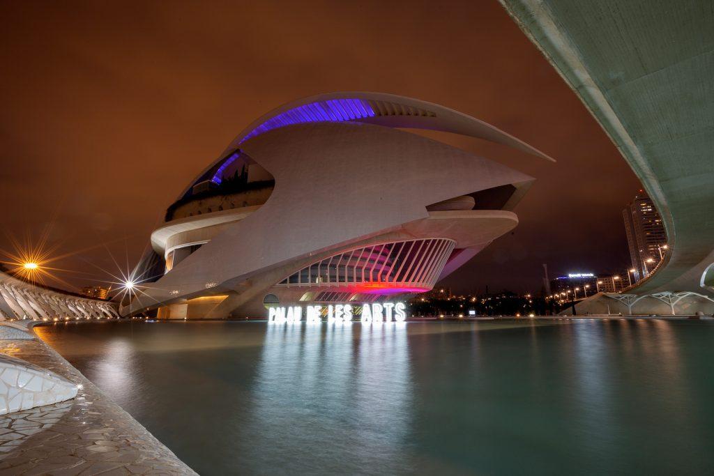 Fotoreisen & Fotokurse 2020. In Valencia geht es auf vielfältige Fotostreifzüge in die Altstadt und auf die Pirsch nach moderner Architektur in der Hafenstadt an der Südküste Spaniens.