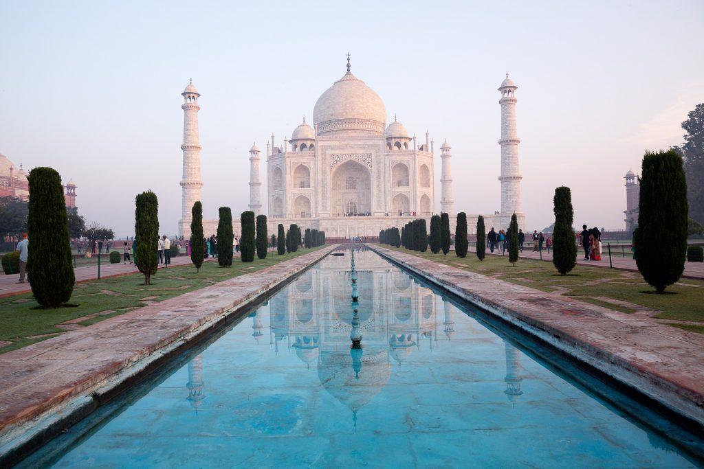 Fotoreisen & Fotokurse 2020. Tauche ein in eine farbenfrohe Fotowelt und begleite uns durch weitläufige Landschaften und quirlig bunte Wüstenstädte ins Land der Rajasthani.