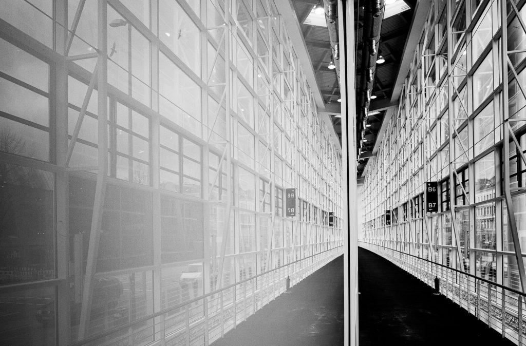 Bei unserem Fotokurs beschäftigen wir uns mit der modernen Architektur und wie du diese ausgefuchst in Szene setzt.