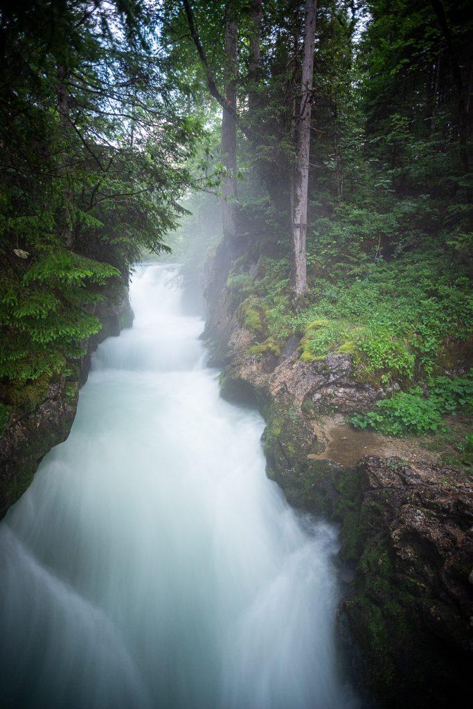 DIE FOTOFÜCHSE Foto Locations Salzkammergut. Der Zimitz Wasserfall bei der Ranftlmühle lädt zu Langzeitbelichtungen ein.