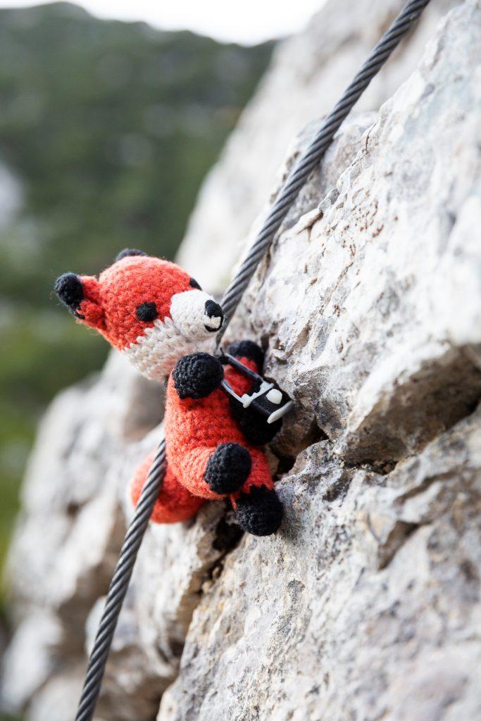DIE FOTOFÜCHSE Foto Locations Salzkammergut. Nur für Superfüchse! Mit deinem Superfuchskostüm kletterst du auf das mächtige Bergmassiv.