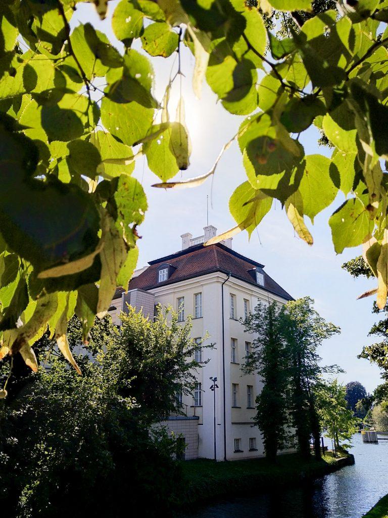 Auf unserem Fotostreifzug besuchen und fotografieren wir das Schloss Köpenick.