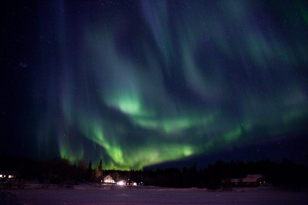 Frag uns einfach. Wir stehen dir Rede und Antwort für alle Details der winterlichen Polarlicht Jagd.