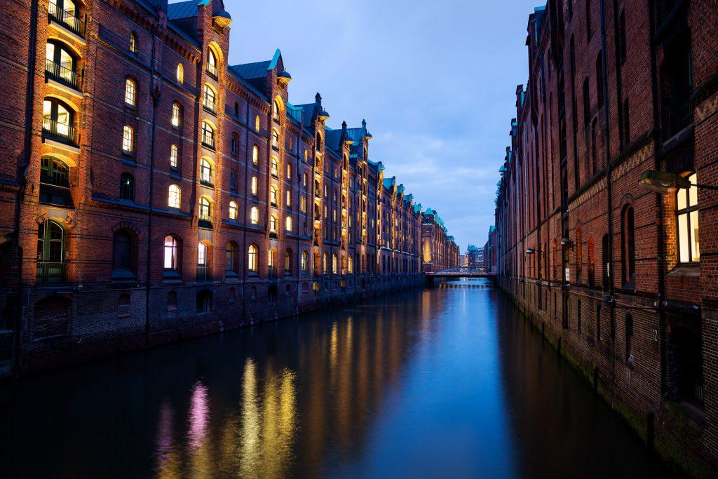Die ausgefuchste Fotolocation der Hamburger HafenCity bietet dir einen wunderbaren fotografischen Spielplatz.