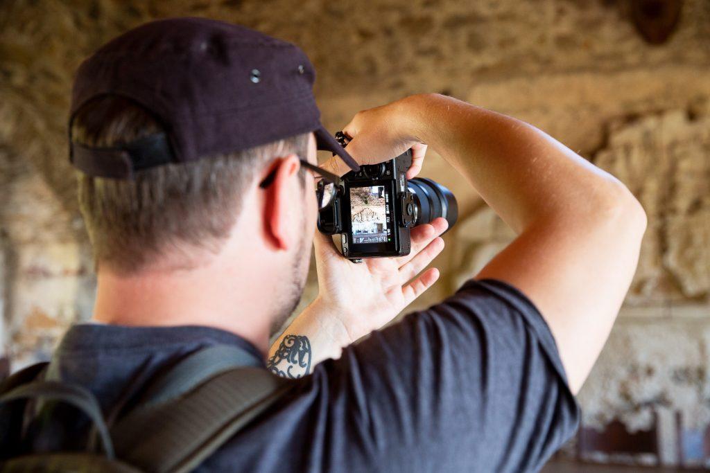 Beim Fotokurs Aggstein und Nibelungen kannst du mit deiner Kamera und deiner Handy-Kamera teilnehmen.
