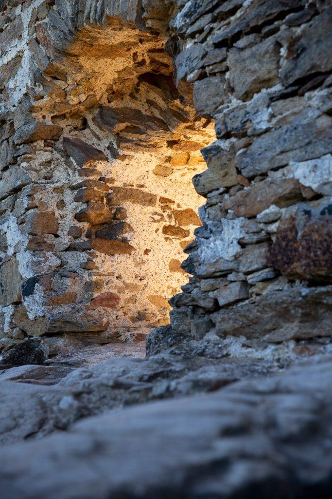 Spiele dich beim Fotokurs Aggstein und Nibelungen mit besonderen Lichtstimmungen, die die Burgruine für dich bereit hält.